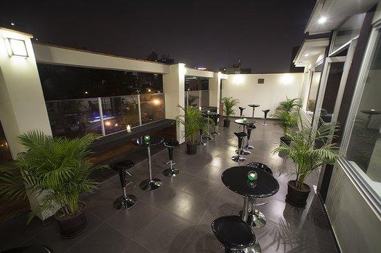 El Angolo: Bar/Lounge