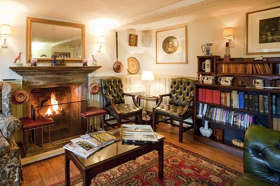 The Acorn Inn: Bar/Lounge