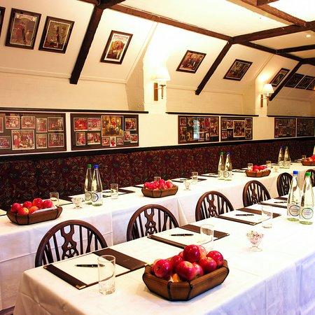 The Acorn Inn: Ballroom