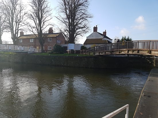 Beeston Lock
