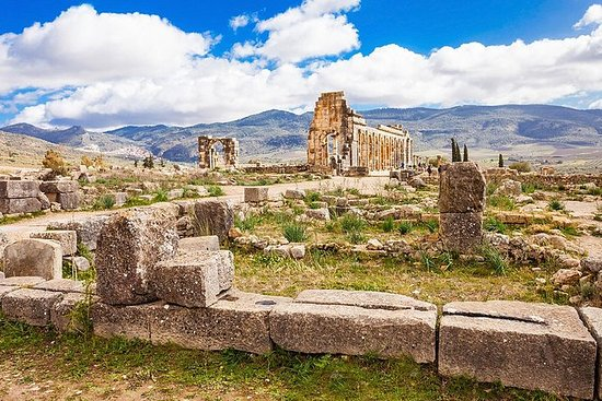 Full day trip to Roman ruins in...