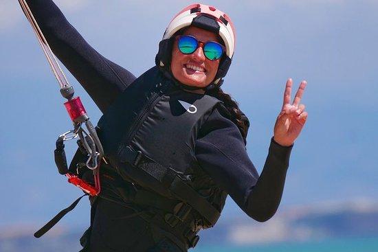 Clases semiprivadas de kitesurf en...