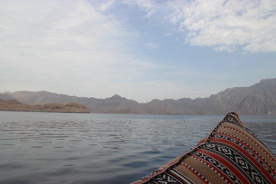 Gita di un giorno a Khasab, penisola del Musandam e crociera in sambuco da Dubai: Fjords