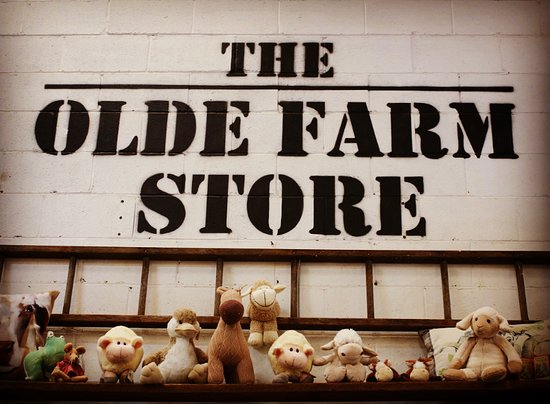 Tamworth, Australia: The Olde Farm Store! Everyone is welcome!