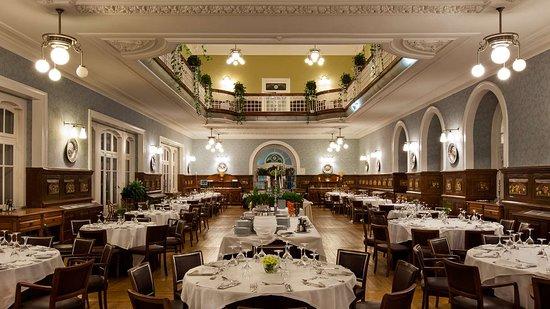 Curia, Portugal: restaurant