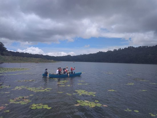 Puri Lumbung Cottages, Restaurant and Spa - Munduk Village: Canoeing