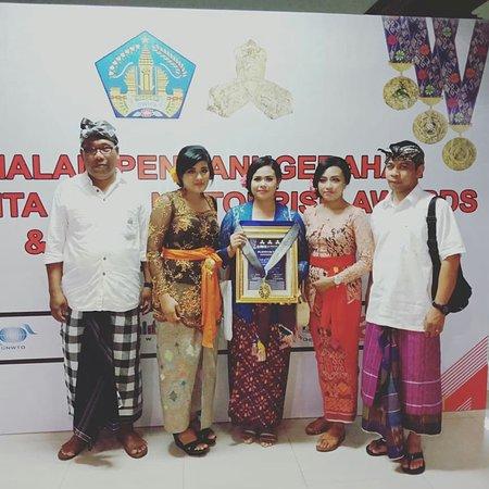 "Puri Lumbung Cottages, Restaurant and Spa - Munduk Village: Tri Hita Karana ""three reasons for prosperity"" Foundation Award"
