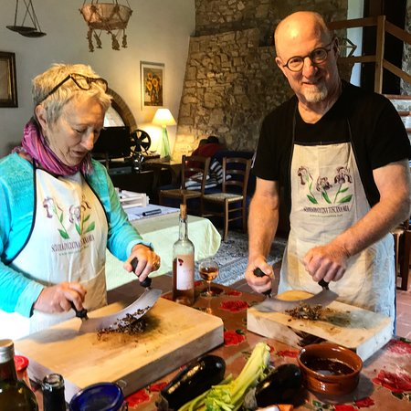 Toscana Mia Cooking Classes in Tuscany: Mezzaluna is a perfect tool for chopping vegetables