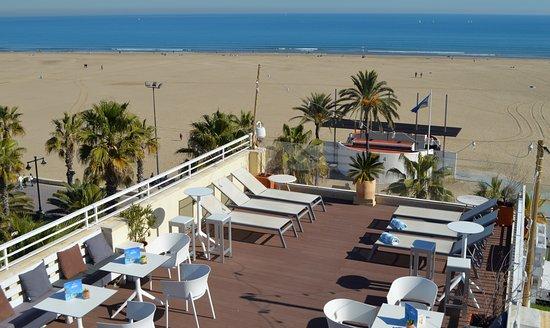 Terraza Rooftop Y Vistas De La Playa Picture Of Hotel