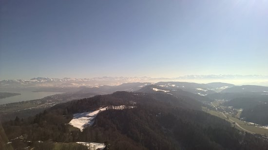 Uetliberg Mountain: view of the Alps