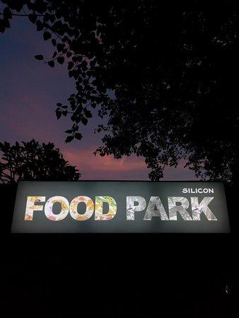 SELAMAT SORE ...... Babthies ada di dalam ssilicon food park, jangan lupa mampir ya kalau lewat sini. Sampai ketemu