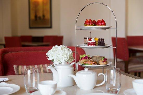 Tea Set Missan Dessert Restaurant