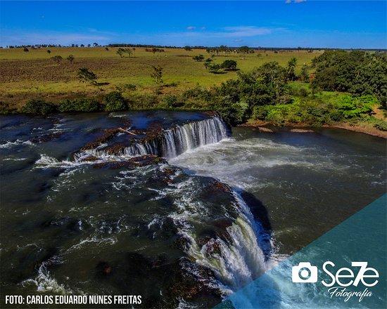 Cacu, GO: Salto Marianinho Carneiro, Rio Claro, Município de Caçu Estado de Goiás