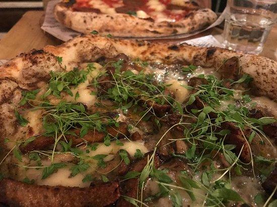 Vegan Wild Mushroom Pizza Picture Of Purezza Camden