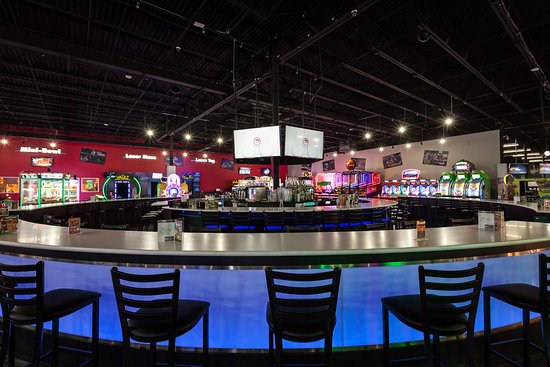 Brunswick, OH: Grab a seat at the Center Bar and make some new friends!  Placed right in the middle of all of the action, you are bound to have a great time!