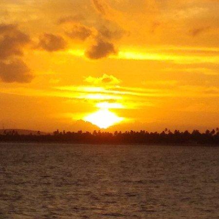 Porto sol na praia de Serrambi.