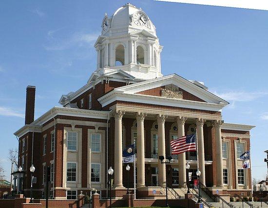Historic Muhlenberg County Courthouse