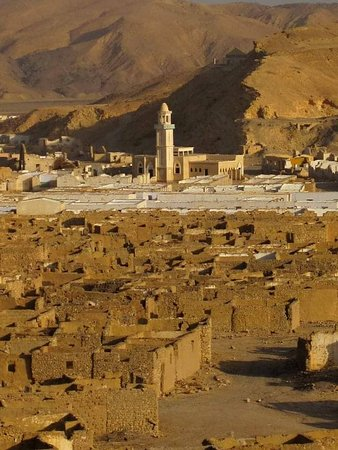 Ghost City By Jeep Safari: Ghost_City Umm_elHuwytat, it's located approximately 25 K.M south-west Safaga. It's the first dawn of the modern history of the Red Sea Governorate - Egypt.  It's a great gate to understand the style of life of the Egyptians at that time.