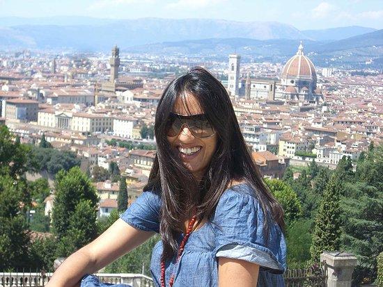 Luciana Masiero Guia Brasileira em Florenca