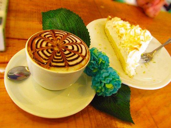 Mirta café-emporio: Nuestra repostería, con variedad de ingredientes y lo mejor, propuestas saludables para persona con enfermedades!