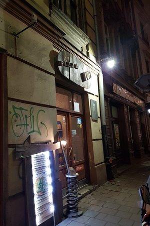 Pizza loft: Great restaurant and bar