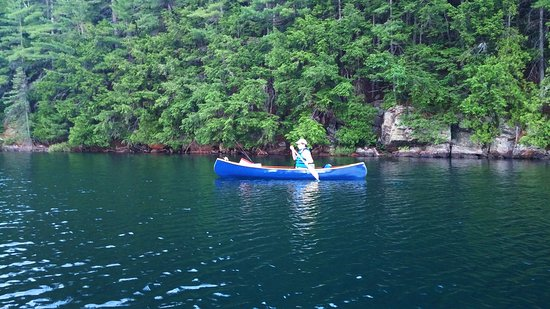 Algonquin Highlands, Kanada: South Clear Lake Portage Bay