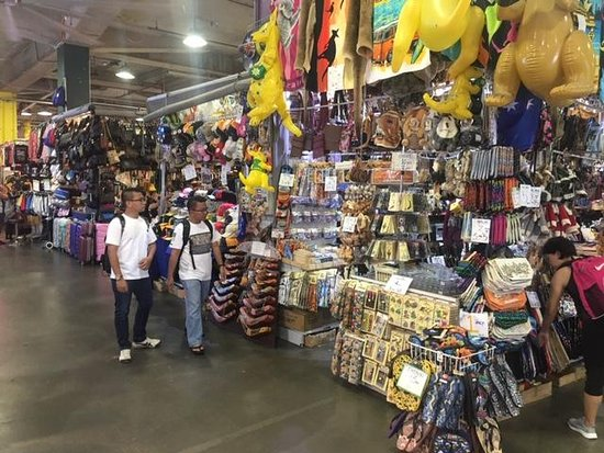 Paddy's Market: Cheap Chinese imports