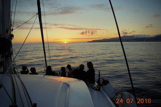 VIP Sunset Sailing Tour i Ponta...