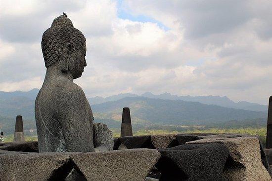 Yogyakarta Cultural Tour: Borobudur...