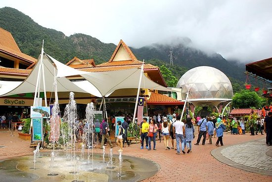 Langkawi City Tour with Oriental...