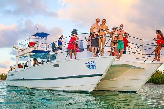 Party Boat En Punta cana Por solo 55...