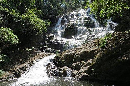 ウズングワ国立公園と水 - 3日間