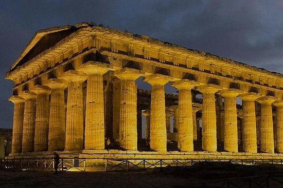 Paestum experience with lunch from...