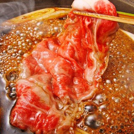 本格関東風「上和牛すき焼きセット 4900円(税別)」! ご賞味下さいませ。