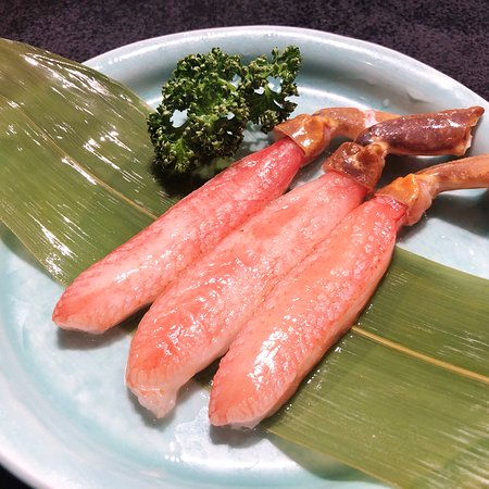 Shabu-Shabu Niimura Honten: 店長お薦め「ずわいしゃぶ3本 1800円(税別)」! 甘くて美味しいです。