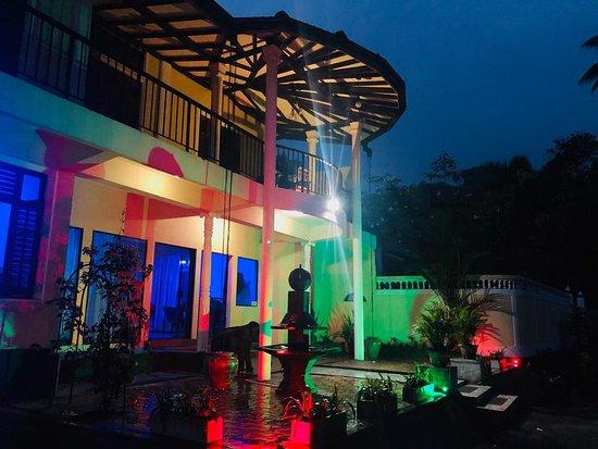 Dehiowita, Sri Lanka: Night time