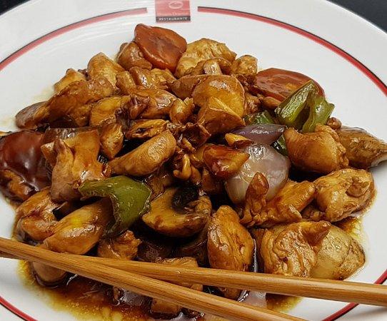 🍗🍄 Pollo de corral con champiñones... exquisitamente tierno y jugoso