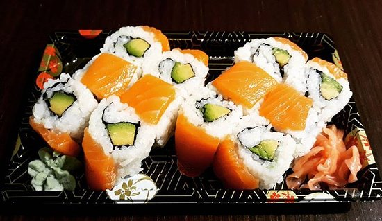 Makis for Takeaway or Delivery Service