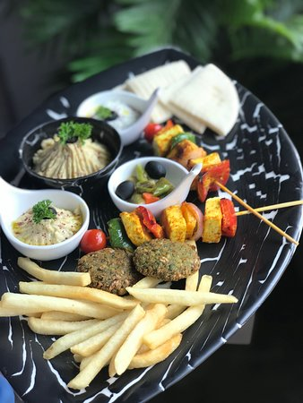 Divo Cafe & Bar: Mez Platter