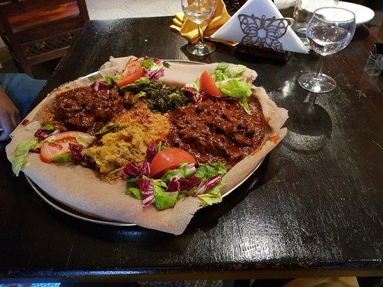 Arredamento etnico eritreo foto di adulis restaurant for Arredamento etnico milano