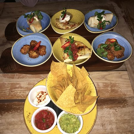 The 6 dishes for £25.99 plus nachos to share. Very tasty and a good introduction to Mexican food!