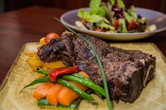 Bodega Jose Carvery & International Food Charcoal Grill: T Bone Steak