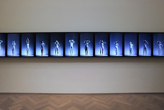 Kunstmuseum Den Haag: Erwin Olaf videokunst