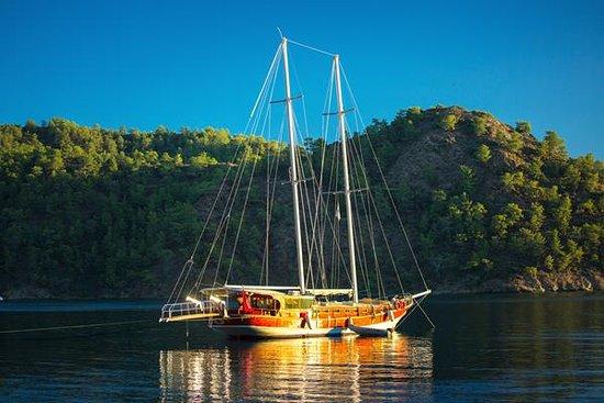 Montenegro Lifestyle: sailing
