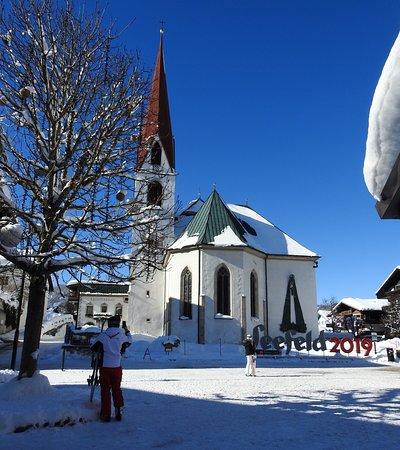 Pension Krinserhof: Dorfplatz - Seefeld Centre