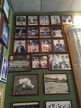 Angelo's Fairmount Tavern: ...
