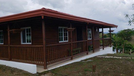 Bayano Canyoning från Panama City: alquilamos una cabaña con tres cuartos y baño