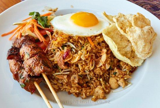 Nasi goreng/fried rice