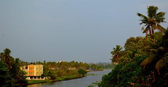 Ernakulam District, India: Chambakara Cannel,Ernakulam,Kerala