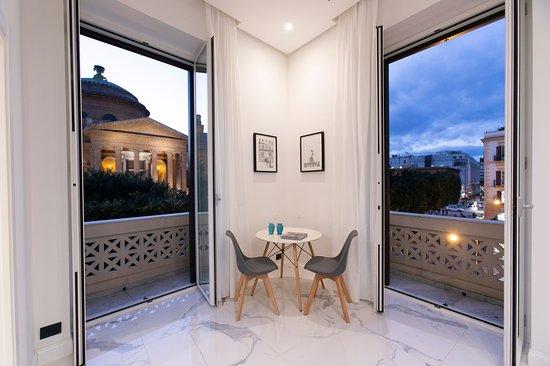 Palazzo Sovrana: Deluxe Superior Apartment 202 Vista